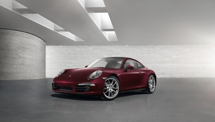Porsche 911 GUM Red Square Edition