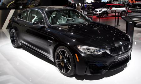 BMW M4 Coupe Black Sapphire Detroit