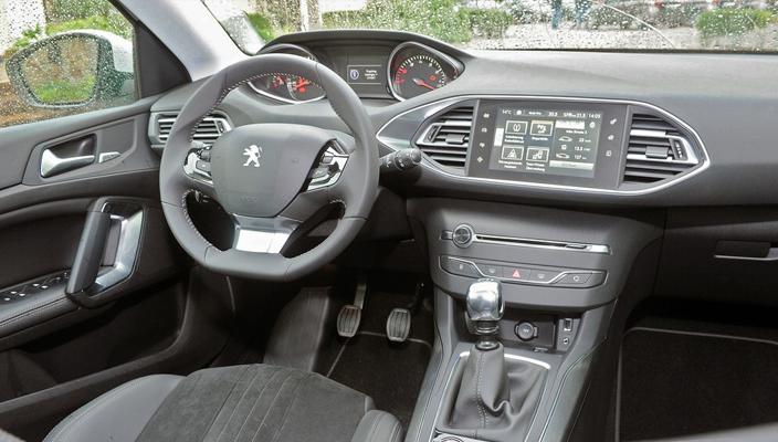 Peugeot 308 2014 (ic mekan)