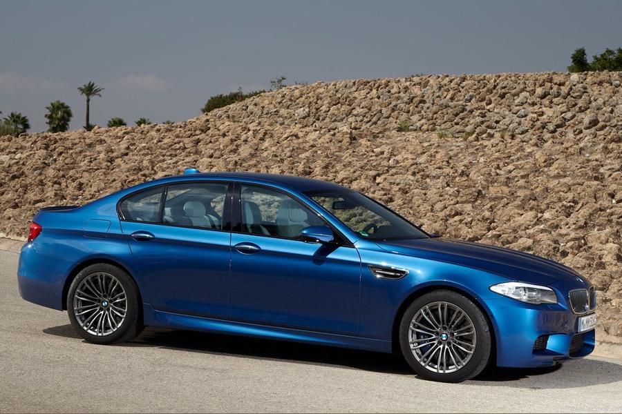 BMW M5 (2012)