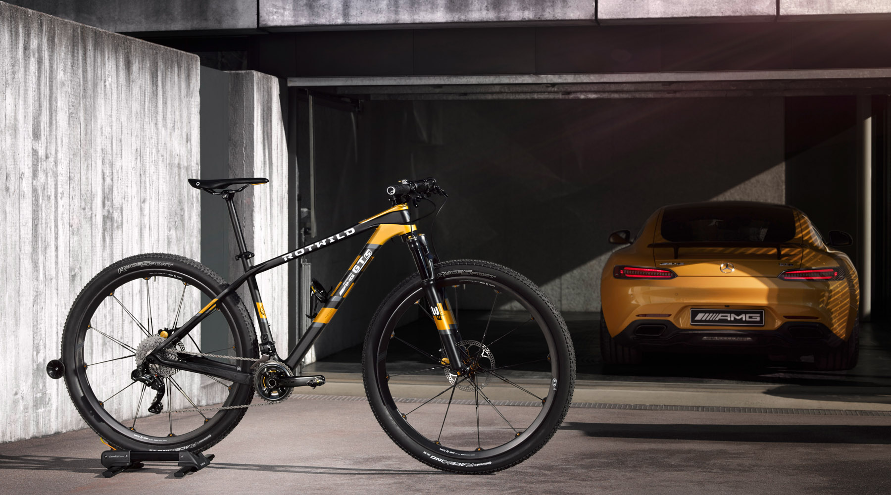 Mercedes-Benz & Rotwild Bisiklet-amg