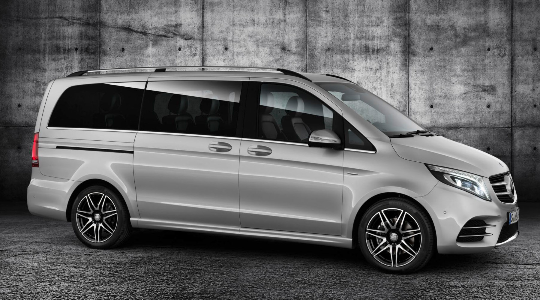 Mercedes-Benz V-Serisi Exclusive ve AMG Line