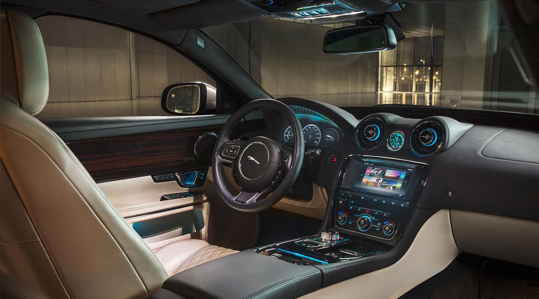 Jaguar XJ (2016)